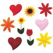 Lot de 78 mini déco fleurs et coeurs en feutrine adhésive