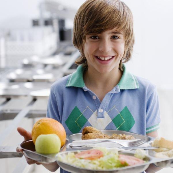 Blog planet eveil la cantine pour un repas quilibr - Repas equilibre enfant ...