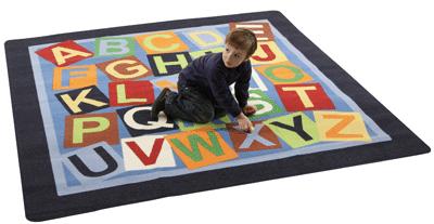 tapis alphab tique 26 lettres 200x200 cm house of kids apprendre lire et crire sur. Black Bedroom Furniture Sets. Home Design Ideas