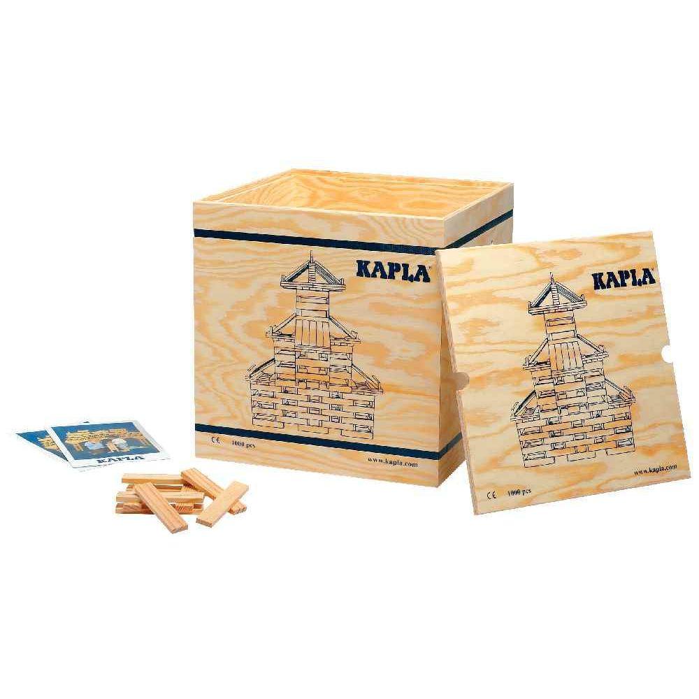caisse en bois avec roulettes garnie de 1 000 planchettes en pin kapla jeux de construction. Black Bedroom Furniture Sets. Home Design Ideas