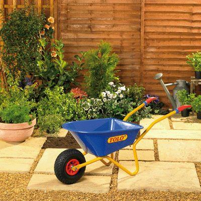 Brouette de jardin bleue tolo bricolage jardinage sur planet eveil - Brouette de jardin plastique ...