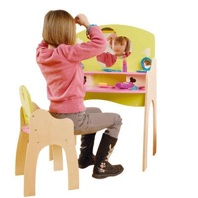 coiffeuse en bois pour poup e avec sa chaise jb bois accessoire de poup e sur planet eveil. Black Bedroom Furniture Sets. Home Design Ideas