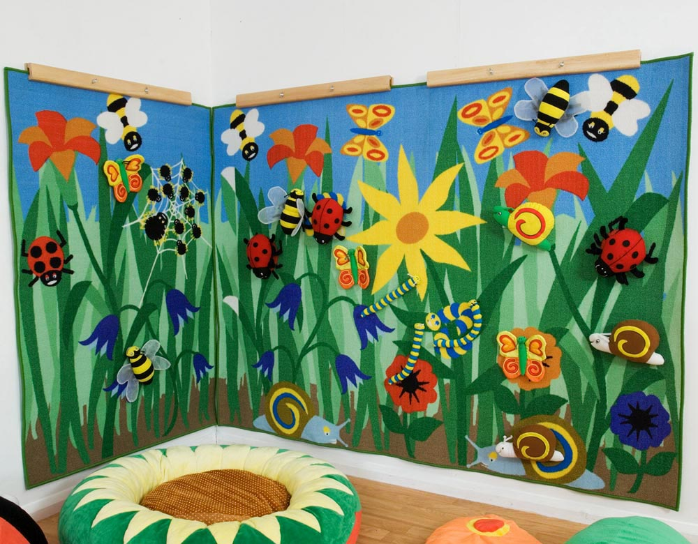 tapis mural sur la nature 200x150 cm 5 animaux kit for kids tapis coussins sur planet. Black Bedroom Furniture Sets. Home Design Ideas