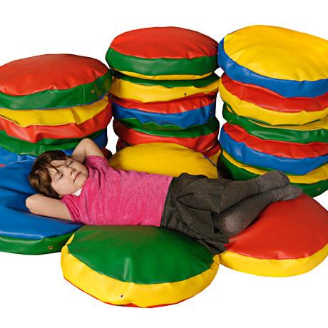 coussin histoire en mousse kit for kids tapis coussins sur planet eveil. Black Bedroom Furniture Sets. Home Design Ideas